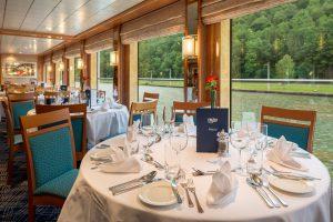 Das Panorama Restaurant bietet euch beste Aussicht. Foto: Nicko-Cruises