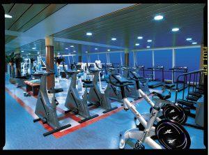 Sportlich geht es im Fitness-Center zu. Foto: Norwegian Cruise Line