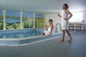 Der Pool lädt euch zum entspannen ein. Foto: 1AVista Reisen
