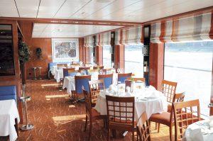 Das Restaurant an Bord. Foto: Transocean Kreuzfahrten