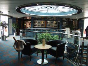 Das Atrium an Bord. Foto: DCS-Touristik