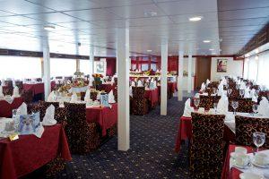 Das Restaurant an Bord. Foto: 1AVista Reisen