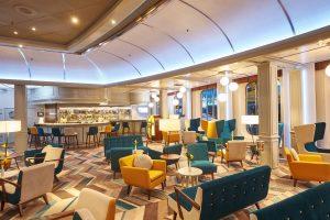 Die neue Bar Gatsby's. Foto: Hapag Lloyd Cruises