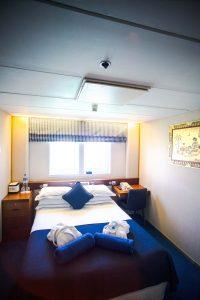 Eine Kabine an Bord der MS Berlin. Foto: FTI Cruises