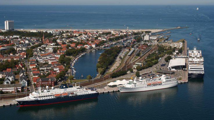 Gleich fünf Port Partys werden in Warnemünde gefeiert. Foto: Rostock Tourismus