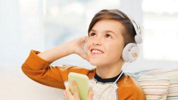 Hörspiele und Hörbücher erfreuen 83% der Kinder in Deutschland. Foto: obs/Audible GmbH
