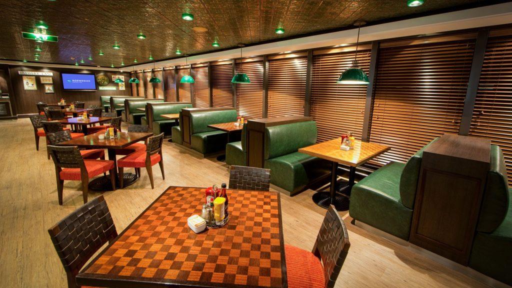 Die O'Sheehan's Bar & Grill auf Deck 8. Foto: Norwegian Cruise Line
