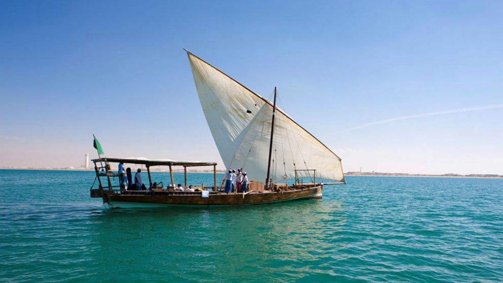 Wie in 1001 Nacht, Traditionelle Segelschiffe.. Foto: MSC Kreuzfahrten