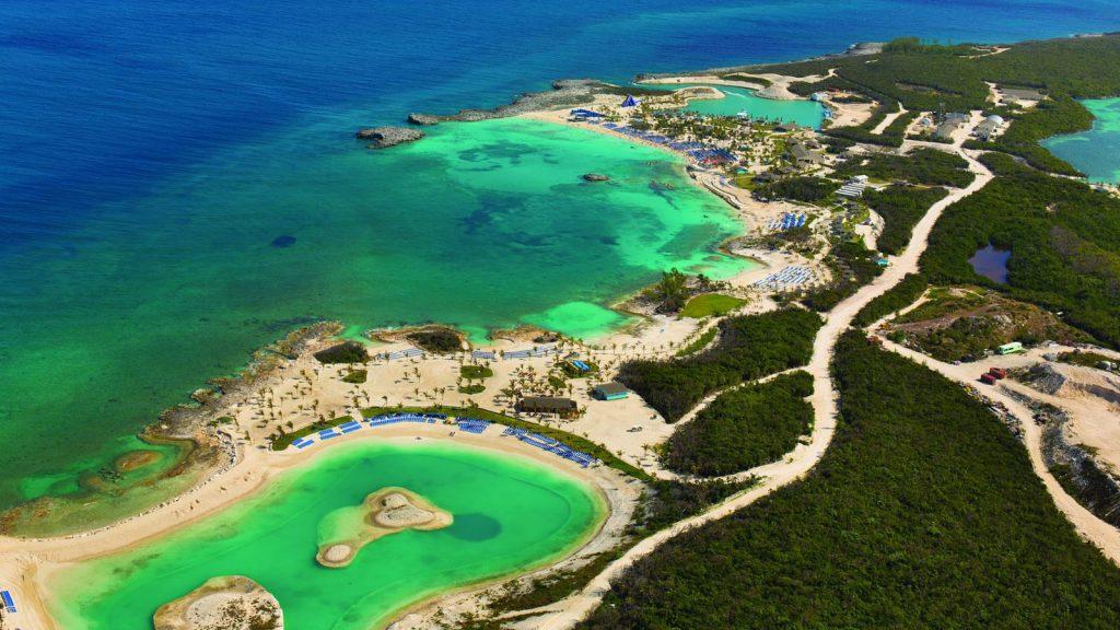 Großzüge Strände und viele Möglichkeiten bietet die Insel. Foto: Norwegian Cruise Line