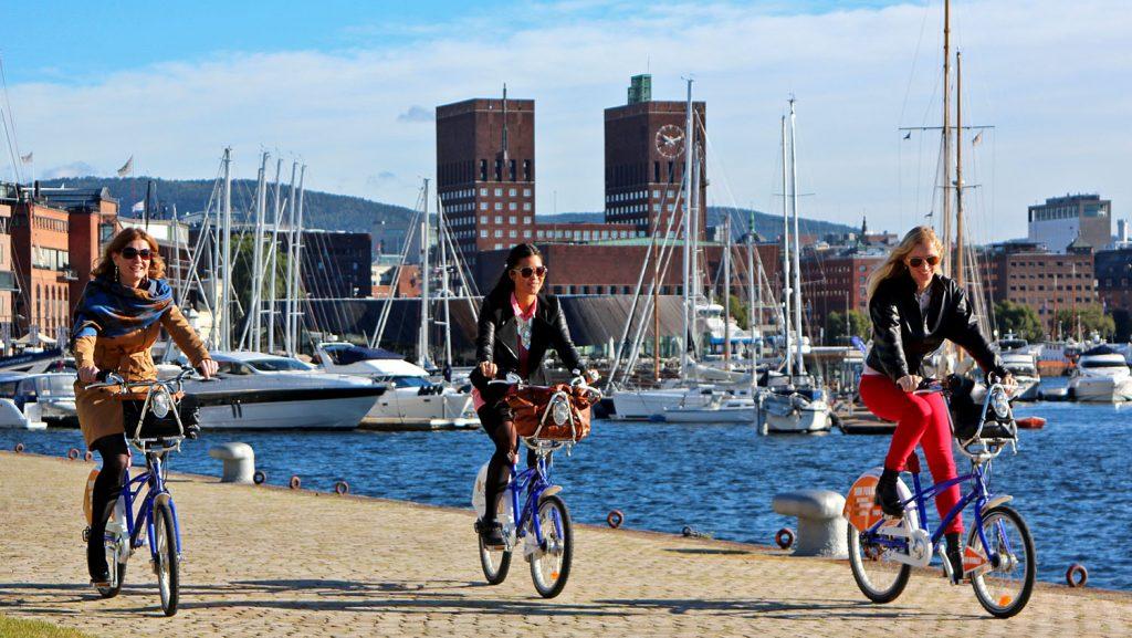 """Color Line-Gäste können nun auf der neuen Oslo-Städtereise """"Biking"""" die Sehenswürdigkeiten und Strände per Fahrrad erkunden Quelle: VisitOSLO/Rod Costa"""