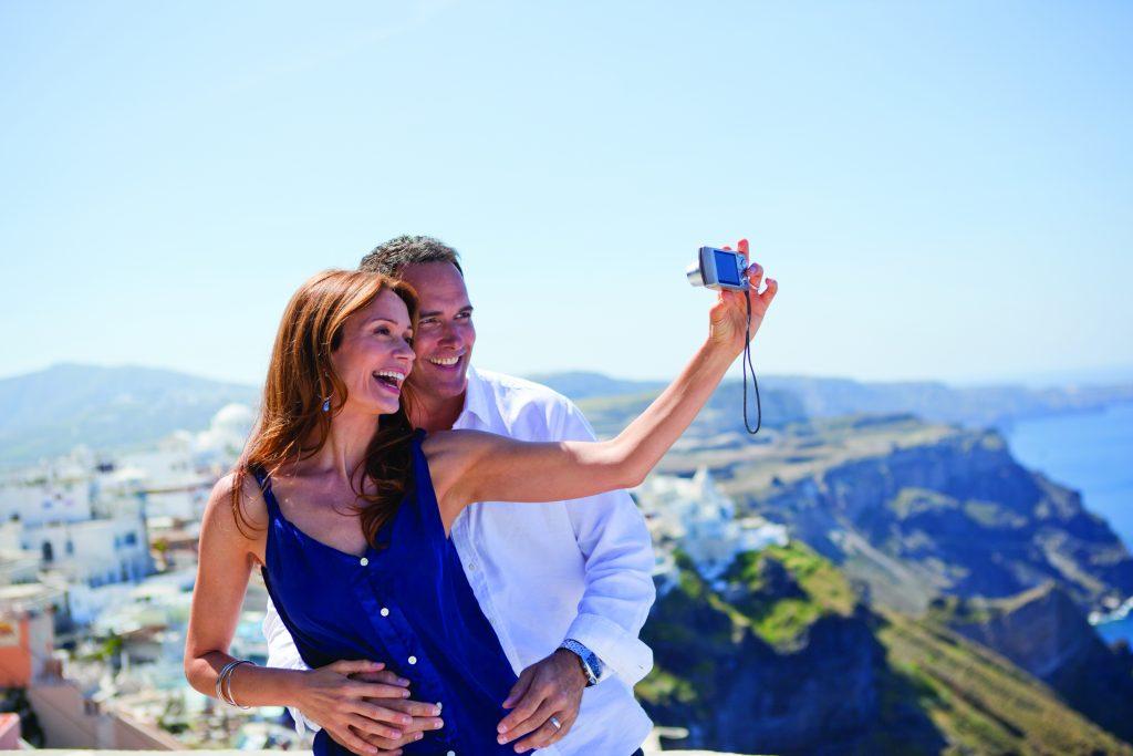 Selfies an Bord machen und sie gleich mit Freunden und Familie teilen. Foto: Regent Seven Seas Cruises