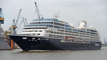 Die Azamara im Hamburger Hafen. Foto: lenthe/touristik-foto.de