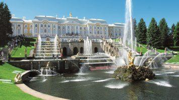 Costa bietet ein Visum-Service für Ziele wie St. Petersburg in Russland. Foto: Costa Kreuzfahrten