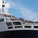 Am 21. August is die Queen Mary 2 vor der Elbphilharmonie zu bestaunen. Das perfekte Fotomotiv. Foto: bergeest