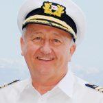 Kapitän Dr. Friedhold Hoppert ist der erste Kapitän der nur für die Kruezfahrtgäste da ist. Foto: AIDA Cruises