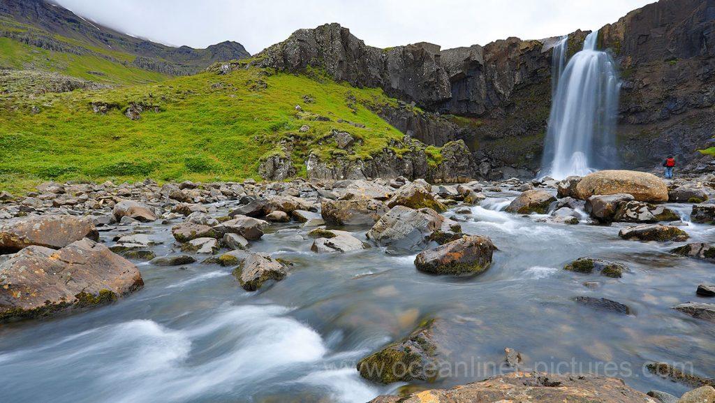 Gufufoss Wasserfall Seydisfjördur, Island. Foto: Oliver Asmussen/oceanliner-pictures.com