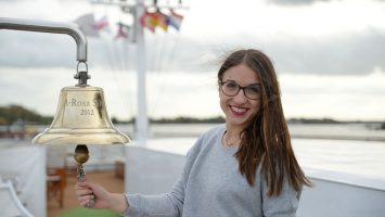 Nun ist River Cruise Bloggerin: Anna-Maria Hickmann an Bord der Rosenflotte. Foto: André Lenthe
