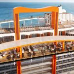 Ein Highlight 2019 wird der Magic Carpet auf der Celebrity Edge. Foto: Celebrity Cruises
