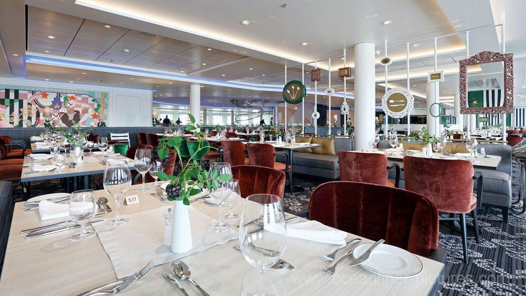 Mein Schiff 5 Atlantik Restaurant Brasserie. Foto: Oliver Asmussen/oceanliner-pictures.com