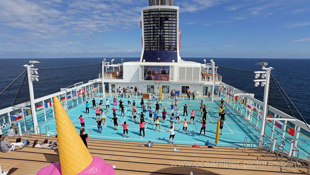 Mein Schiff 5 Blick über die Arena. Foto: Oliver Asmussen/oceanliner-pictures.com