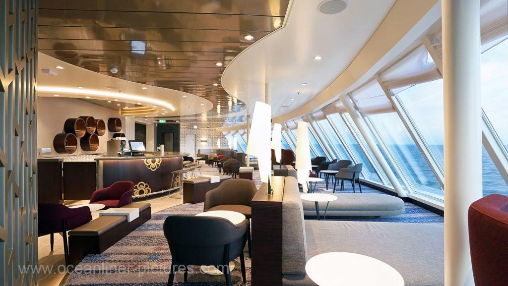 Mein Schiff 5 Himmel und Meer Lounge. Foto: Oliver Asmussen/oceanliner-pictures.com