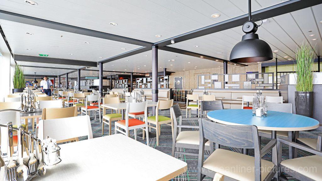 Mein Schiff 6 Anckelmannsplatz Buffetrestaurant. Foto: Oliver Asmussen/oceanliner-pictures.com