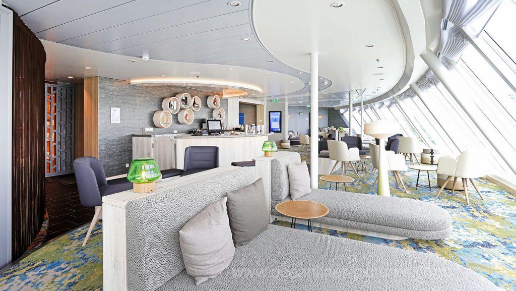 Mein Schiff 6 Himmel und Meer Lounge. Foto: Oliver Asmussen/oceanliner-pictures.com