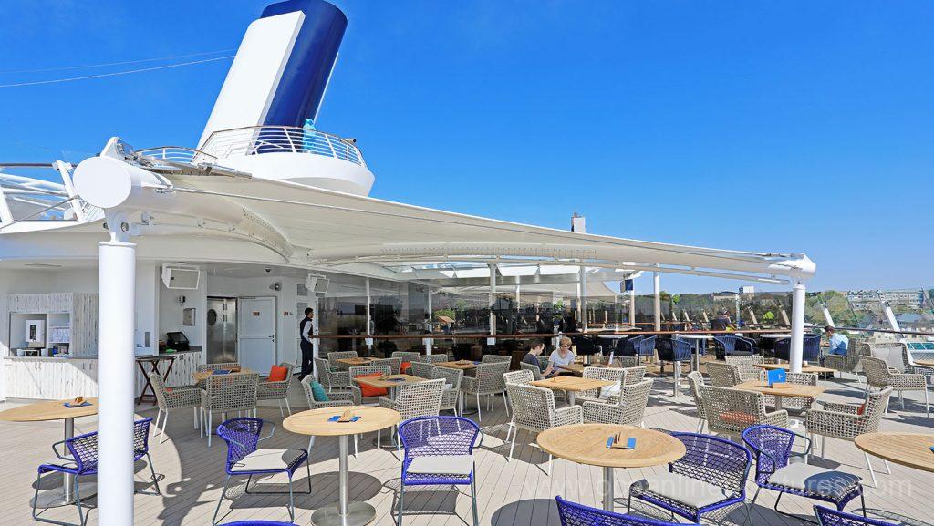 Mein Schiff 6 die Außenalster Bar. Foto: Oliver Asmussen/oceanliner-pictures.com