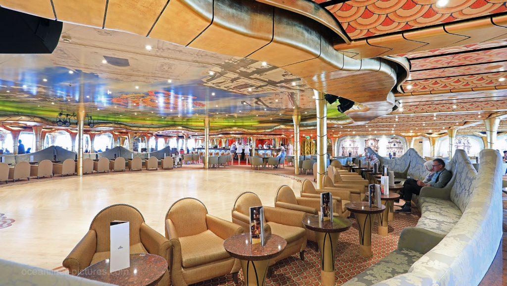 Gran Bar Salento Costa Magica. / Foto: Oliver Asmussen/oceanliner-pictures.com