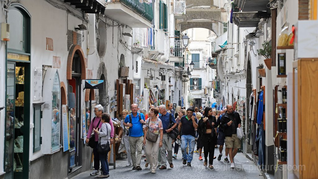In den Straßen von Amalfi. / Foto: Oliver Asmussen/oceanliner-pictures.com