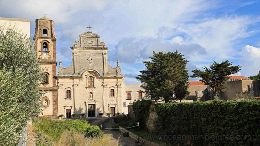 Kathedrale San Bartolomeo Lipari. / Foto: Oliver Asmussen/oceanliner-pictures.com