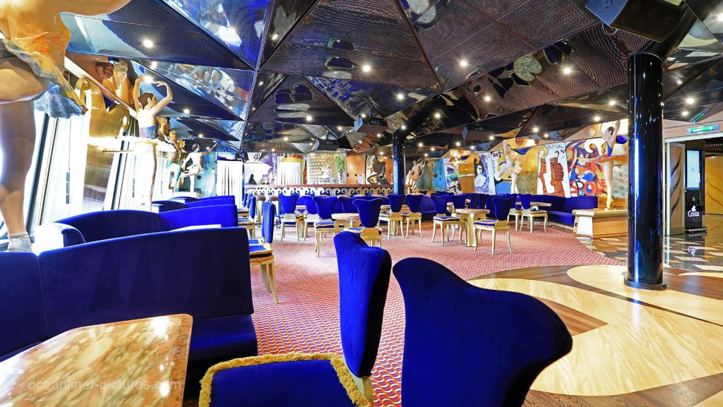 Sala ballo Spoleto Costa Magica. / Foto: Oliver Asmussen/oceanliner-pictures.com