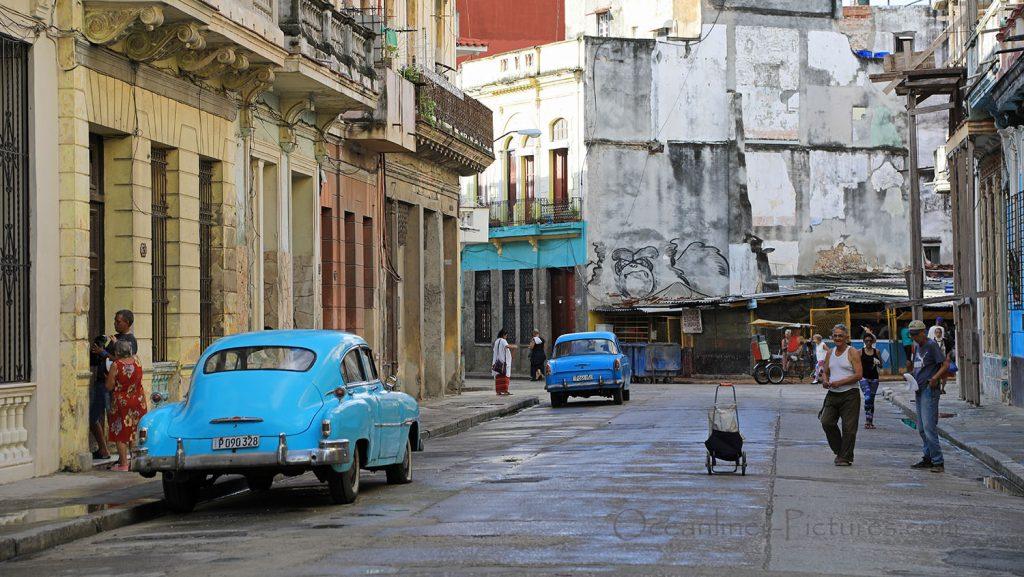 50er Jahre Atmosphäre in den Strassen von Havanna. / Foto: Oliver Asmussen/oceanliner-pictures.com