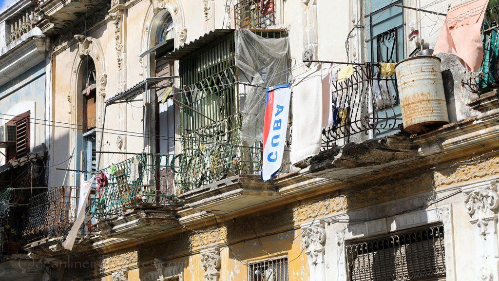 Alte Hausfassade in Havanna. / Foto: Oliver Asmussen/oceanliner-pictures.com