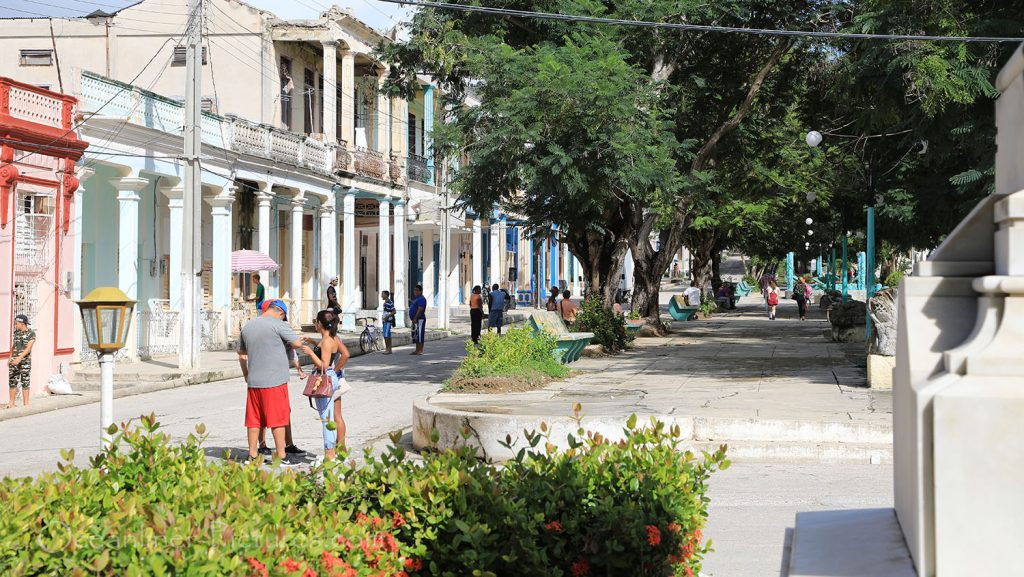 Hauptstrasse von Antilla, Kuba. / Foto: Oliver Asmussen/oceanliner-pictures.com