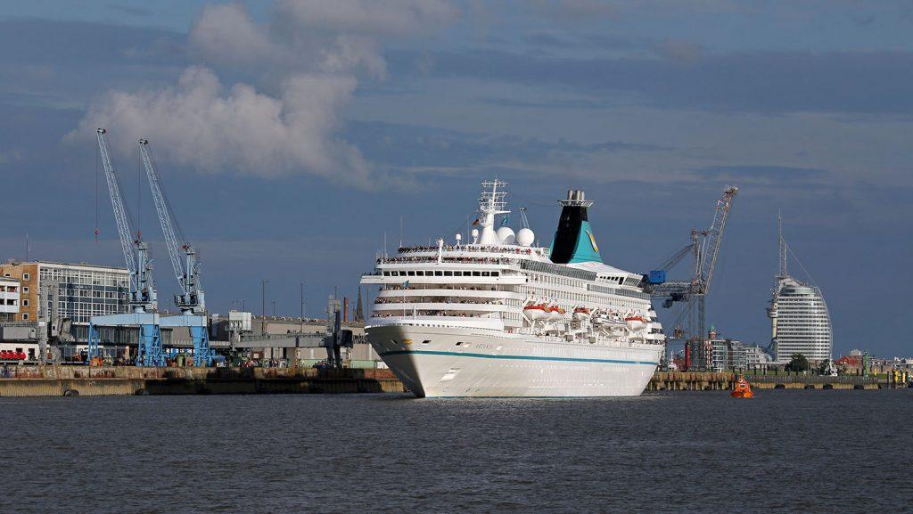Kreuzfahrtschiff Columbuskaje Bremerhaven. / Foto: Oliver Asmussen/oceanliner-pictures.com