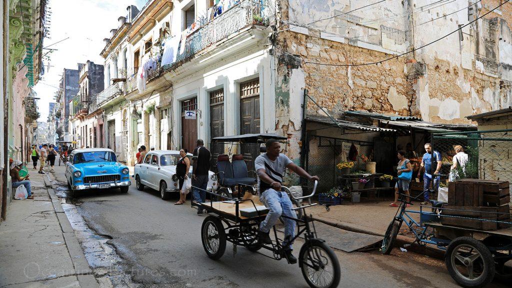 Typische Strasse in Havanna. / Foto: Oliver Asmussen/oceanliner-pictures.com