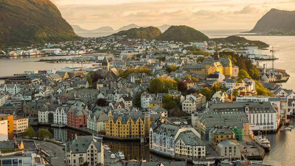 Ålesund in Norwegen. Foto: Matt Stroshane