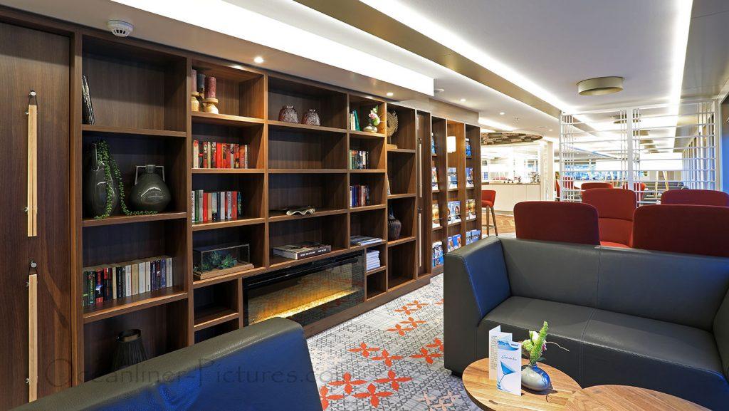 Bibliothek MS Alena. / Foto: Oliver Asmussen/oceanliner-pictures.com