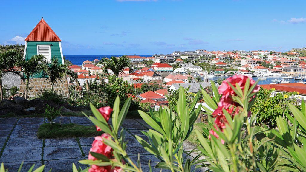 Blick auf Gustavia, St. Barth. / Foto: Oliver Asmussen/oceanliner-pictures.com