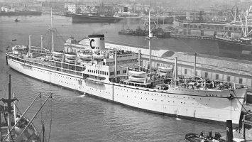 Geburtsstunde am 31. März 1948: die Anna C unternimmt die erste Costa Kreuzfahrt mit 768 Passagieren von Genua nach Rio de Janeiro. Foto: Fondazione Ansaldo, Genova / Costa Crociere