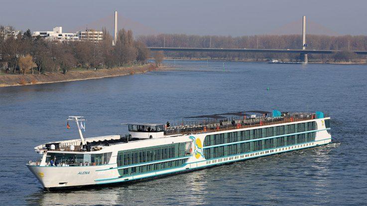 MS Alena erstmals in Bonn. / Foto: Oliver Asmussen/oceanliner-pictures.com