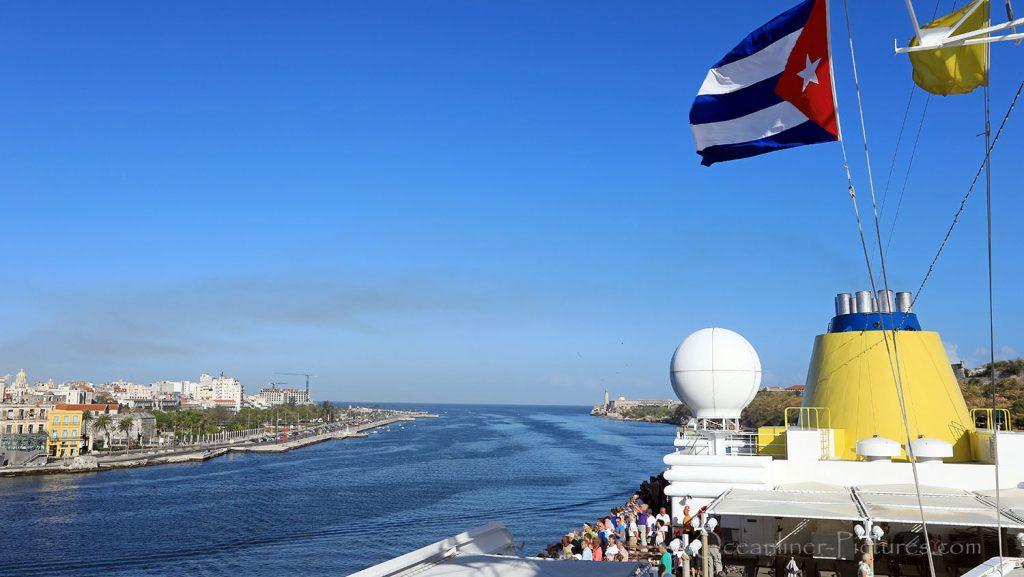MS Hamburg Ankunft Havanna, Kuba. / Foto: Oliver Asmussen/oceanliner-pictures.com