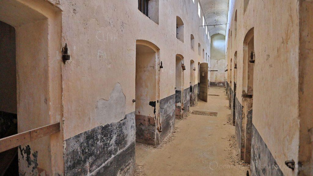 Zellentrakt ehemalige Strafkolonie Ile Royale, Französisch Guyana. / Foto: Oliver Asmussen/oceanliner-pictures.com