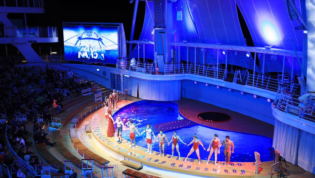 Aqua Nation show Symphony of the Seas. / Foto: Oliver Asmussen/oceanliner-pictures.com