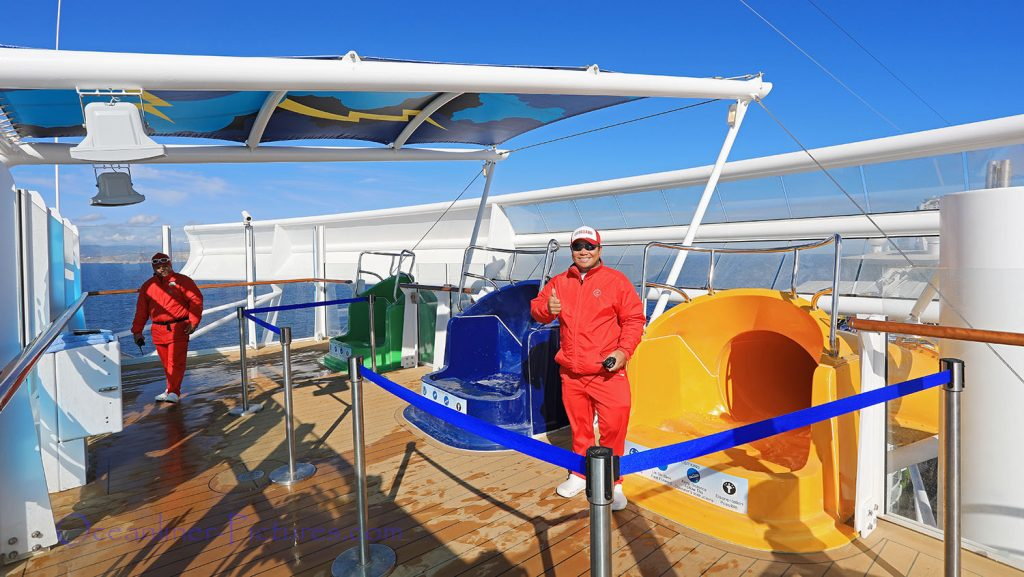Eingang zu den Perfect Storm Wasserrutschen der Symphony of the Seas. / Foto: Oliver Asmussen/oceanliner-pictures.com