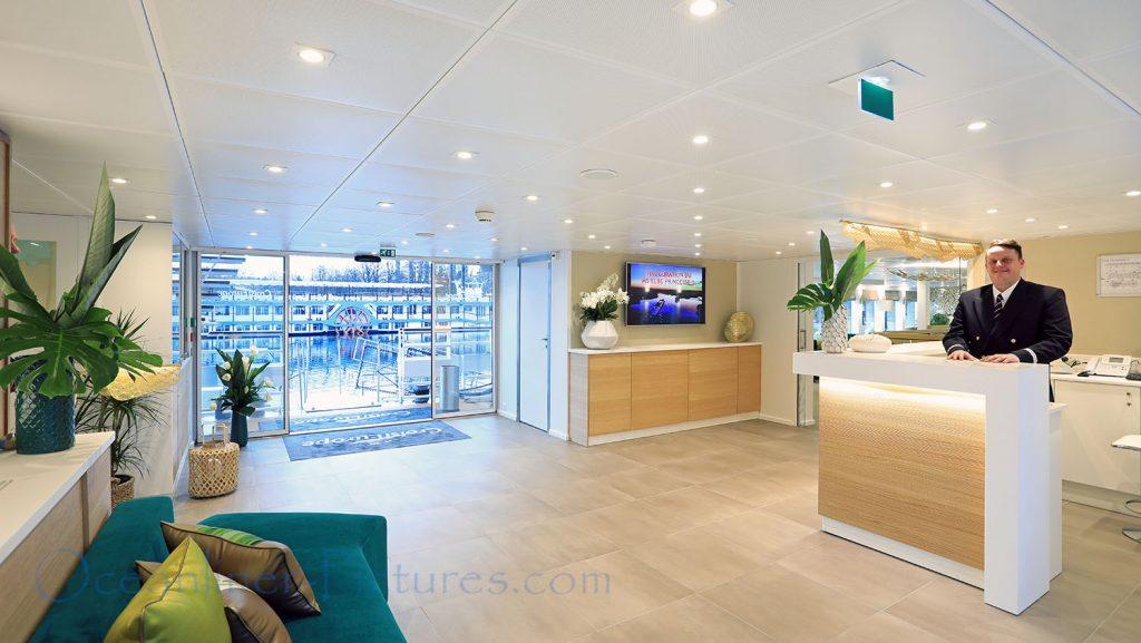 Foyer und Rezeption MS Elbe Princesse II. / Foto: Oliver Asmussen/oceanliner-pictures.com