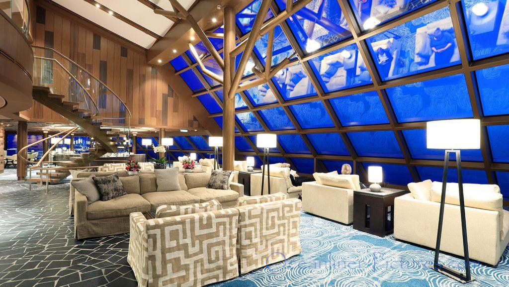 Horizon Lounge Norwegian Bliss. / Foto: Oliver Asmussen/oceanliner-pictures.com