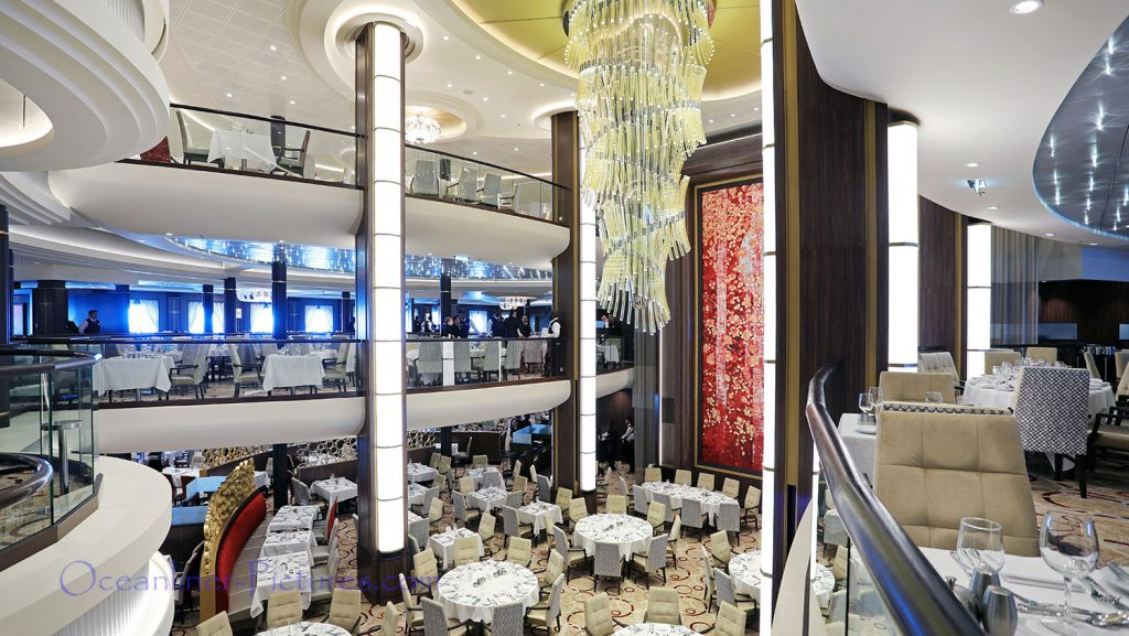 Main Dining Room Symphony of the Seas. / Foto: Oliver Asmussen/oceanliner-pictures.com