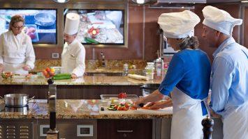 Oceania Cruises führt neue Kochkurse ein. Foto: Oceania Cruises